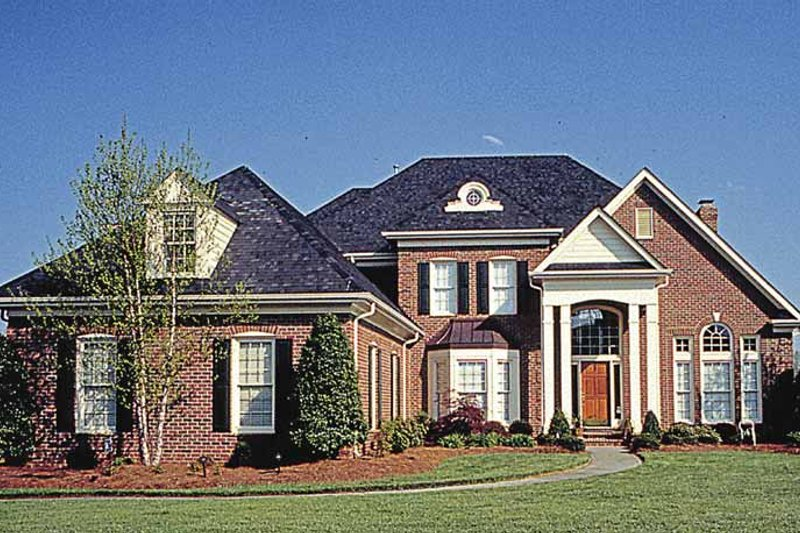 Dream House Plan - Traditional Exterior - Front Elevation Plan #453-144
