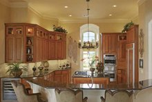 Mediterranean Interior - Kitchen Plan #952-196