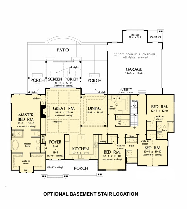 Home Plan - Optional Basement Stair Placement