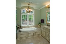 House Plan Design - Ranch Interior - Master Bathroom Plan #929-995