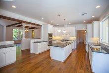 Ranch Interior - Kitchen Plan #1070-9