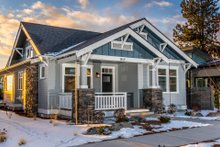 Craftsman Exterior - Front Elevation Plan #895-99