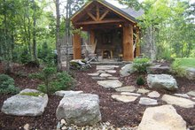 Cabin Exterior - Front Elevation Plan #942-14