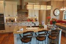 Ranch Interior - Kitchen Plan #1058-173