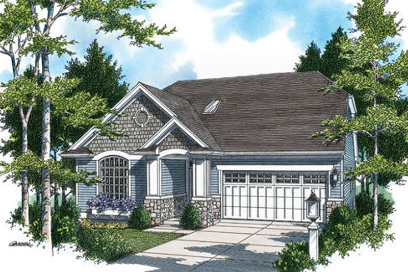 Traditional Exterior - Front Elevation Plan #48-420