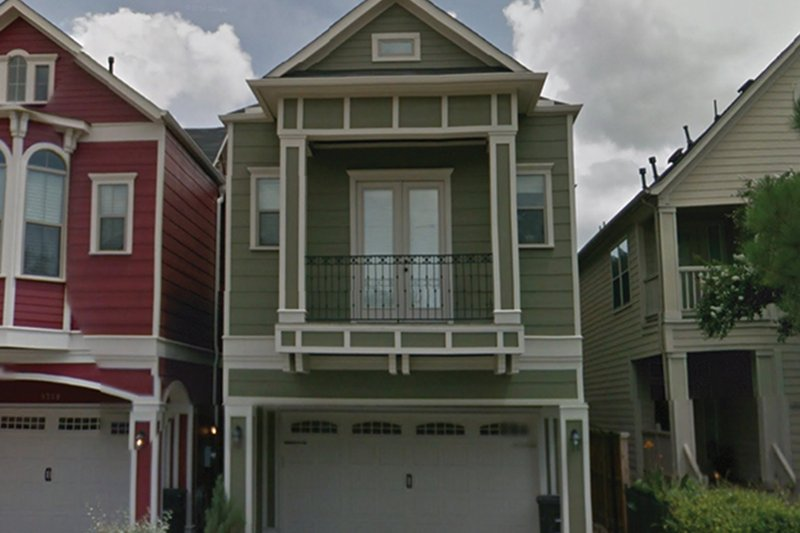 Traditional Exterior - Front Elevation Plan #1021-19