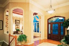 Traditional Interior - Entry Plan #46-102