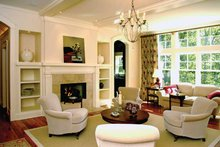 Traditional Interior - Family Room Plan #928-26