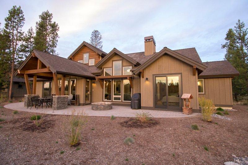 Craftsman Exterior - Rear Elevation Plan #892-11 - Houseplans.com