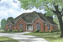 Traditional Exterior - Front Elevation Plan #17-3285