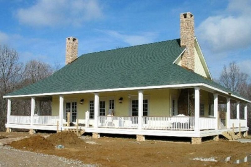 Country Style House Plan - 3 Beds 2.5 Baths 3000 Sq/Ft Plan #81-1410 Exterior - Front Elevation