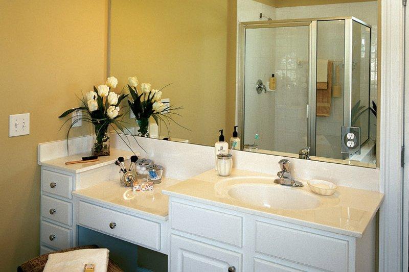Traditional Interior - Bathroom Plan #927-529 - Houseplans.com