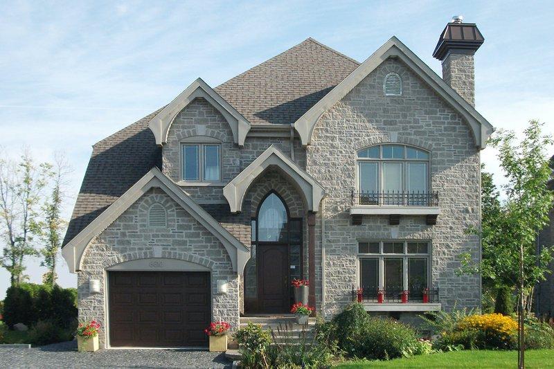 Dream House Plan - Craftsman Exterior - Front Elevation Plan #23-2338