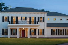 Home Plan - Classical Exterior - Front Elevation Plan #1058-83