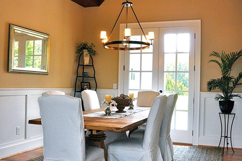 Craftsman Interior - Dining Room Plan #437-69 - Houseplans.com