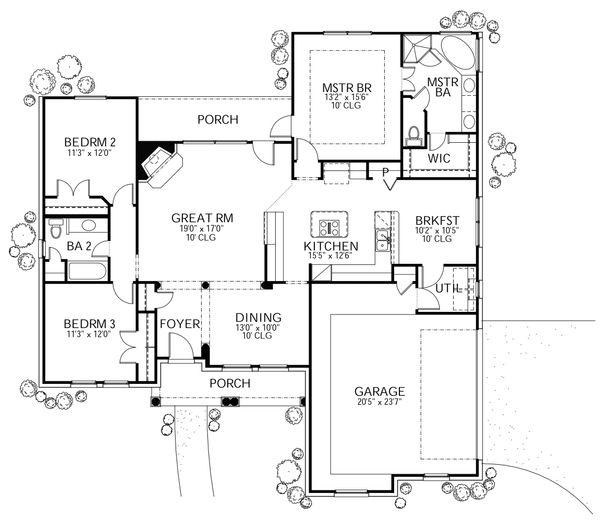 Traditional Floor Plan - Main Floor Plan Plan #80-111