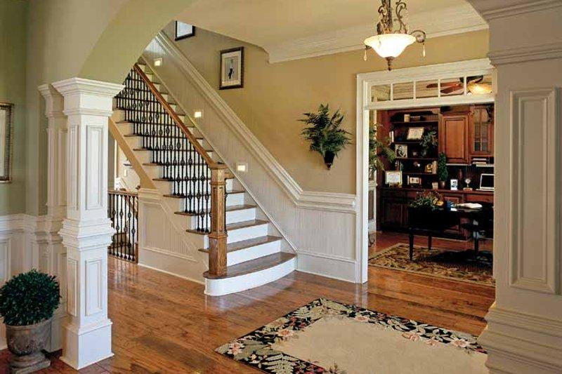 Colonial Interior - Entry Plan #927-923 - Houseplans.com