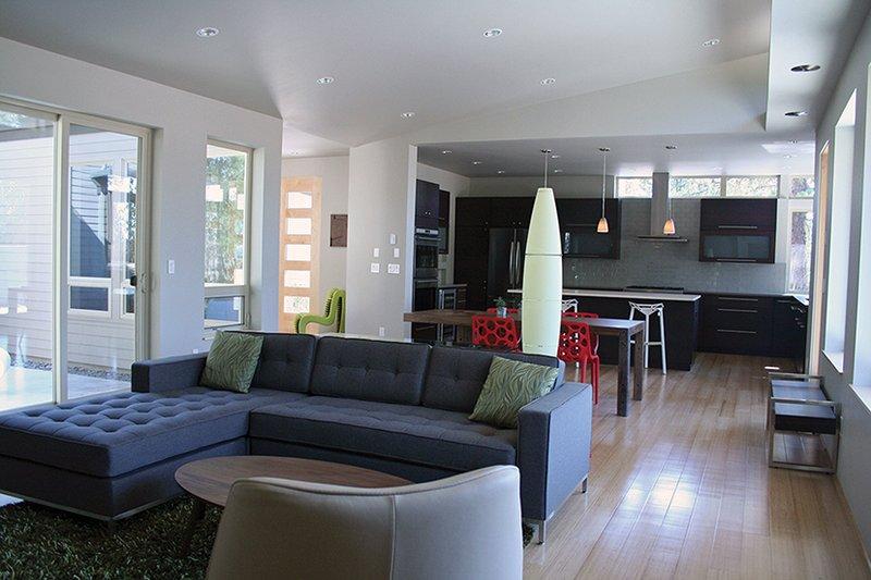 Contemporary Interior - Family Room Plan #892-18 - Houseplans.com