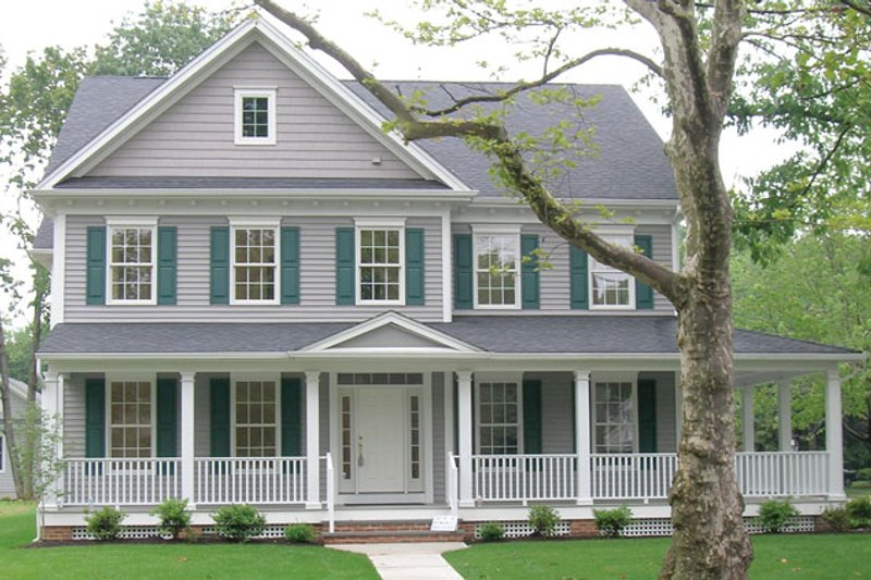 Traditional Exterior - Front Elevation Plan #1053-52 - Houseplans.com