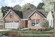 Colonial Style House Plan - 3 Beds 2 Baths 1250 Sq/Ft Plan #17-2900 Exterior - Front Elevation