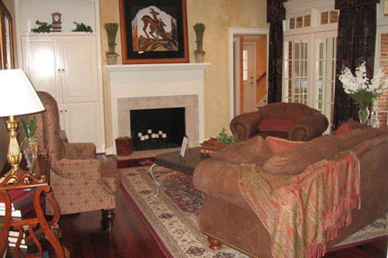 Classical Interior - Family Room Plan #137-315 - Houseplans.com