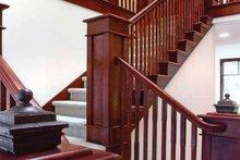Craftsman Interior - Entry Plan #132-244