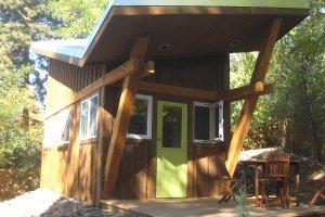 Modern Exterior - Front Elevation Plan #451-23
