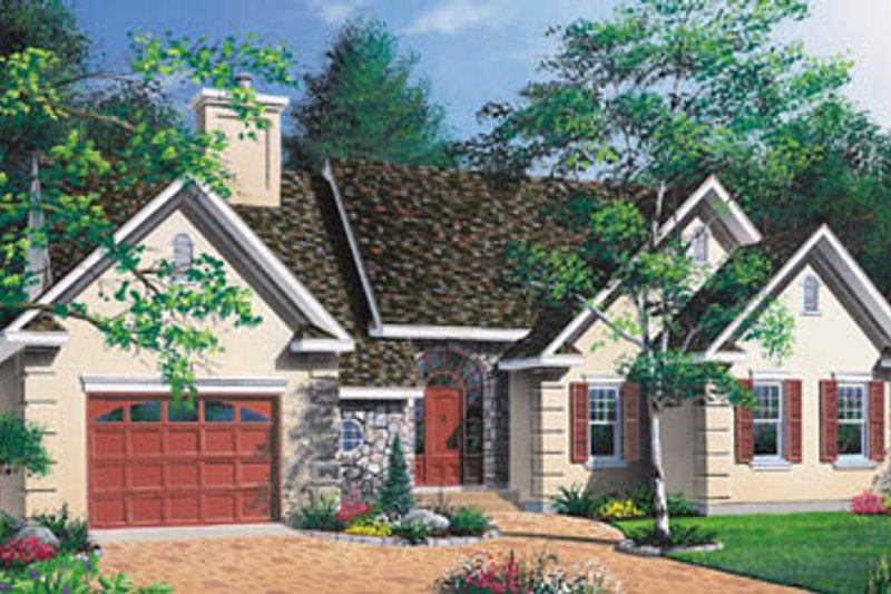 Home Plan - Traditional Exterior - Front Elevation Plan #23-1012
