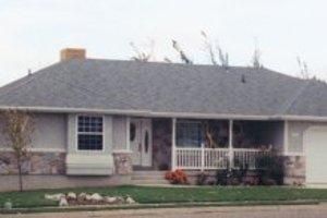 House Plan Design - Ranch Exterior - Front Elevation Plan #5-132
