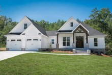 House Plan Design - Craftsman Photo Plan #430-157