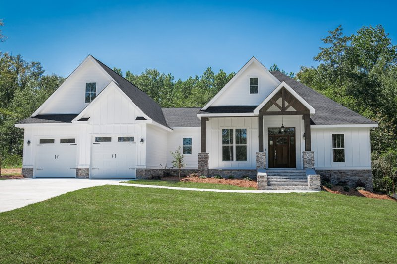 Architectural House Design - Craftsman Photo Plan #430-157