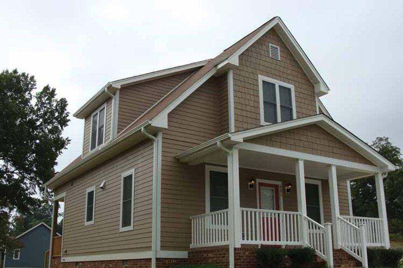 House Plan Design - Craftsman Exterior - Front Elevation Plan #936-2