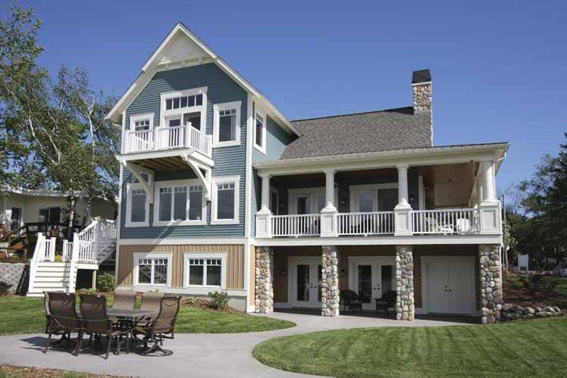 Traditional Exterior - Rear Elevation Plan #928-44 - Houseplans.com