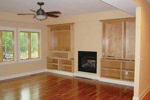 House Design - Prairie Interior - Family Room Plan #939-7