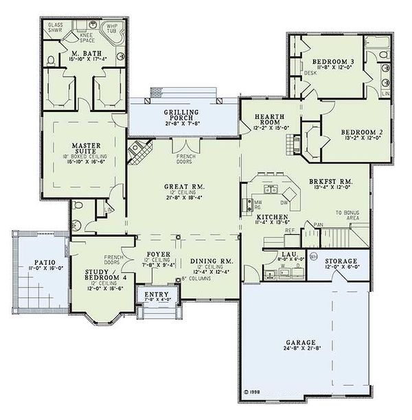 European house plan with Traditional styling, floorplan