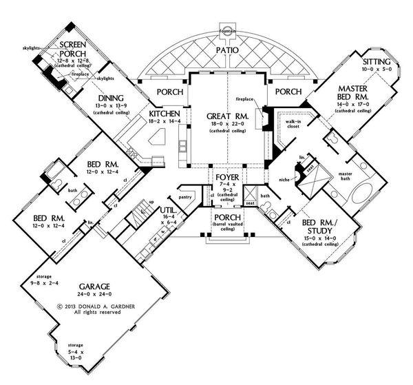 European Floor Plan - Main Floor Plan Plan #929-29