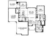 Craftsman Style House Plan - 2 Beds 2.5 Baths 2107 Sq/Ft Plan #70-918 Floor Plan - Main Floor Plan
