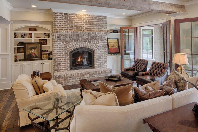 Country Interior - Family Room Plan #928-12 - Houseplans.com