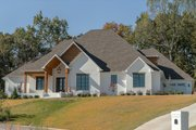 Craftsman Style House Plan - 4 Beds 2.5 Baths 2470 Sq/Ft Plan #17-3391 Exterior - Front Elevation