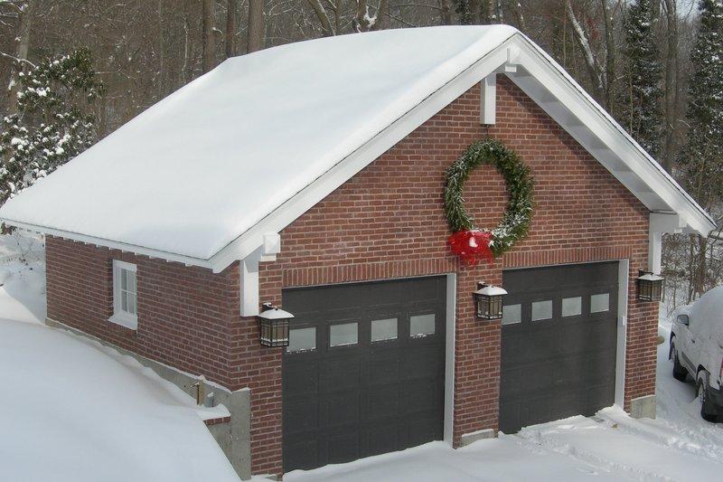 Colonial Exterior - Front Elevation Plan #64-230 - Houseplans.com