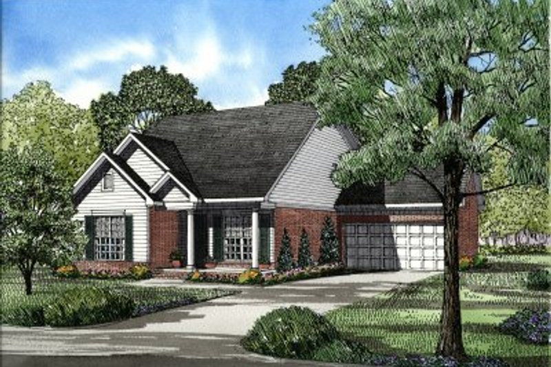 Traditional Style House Plan - 3 Beds 2 Baths 1317 Sq/Ft Plan #17-197 Exterior - Front Elevation