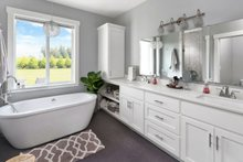 Farmhouse Interior - Master Bathroom Plan #1070-10