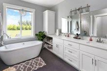 Home Plan - Farmhouse Interior - Master Bathroom Plan #1070-10