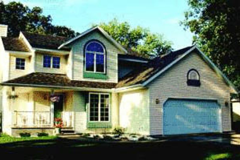 Traditional Exterior - Front Elevation Plan #20-281 - Houseplans.com