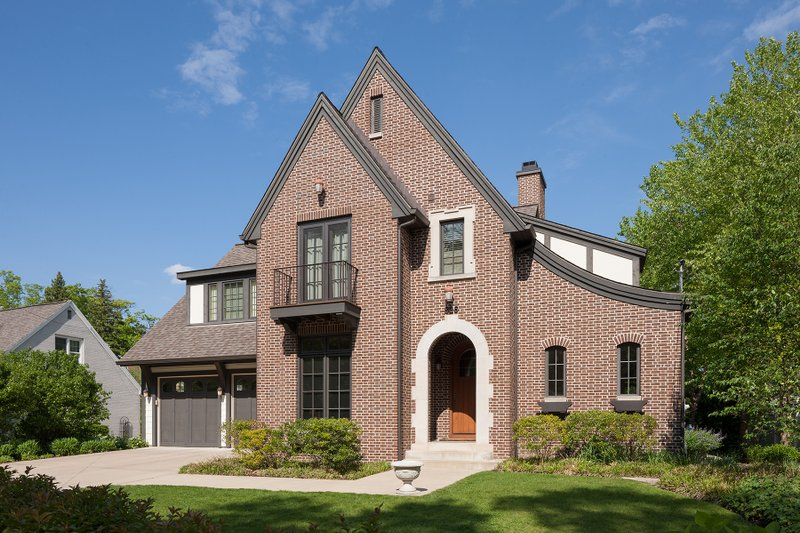 Architectural House Design - Tudor Exterior - Front Elevation Plan #901-141