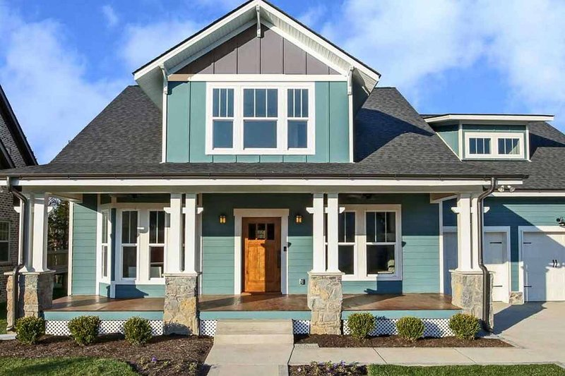 House Design - Craftsman Exterior - Front Elevation Plan #461-70