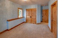 Architectural House Design - Craftsman Photo Plan #124-913