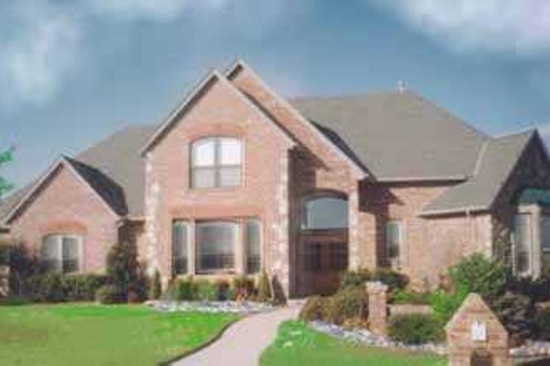 European Style House Plan - 4 Beds 4 Baths 3118 Sq/Ft Plan #52-164 Exterior - Front Elevation