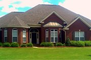 Traditional Style House Plan - 4 Beds 2.5 Baths 2540 Sq/Ft Plan #63-186 Exterior - Front Elevation