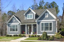 Dream House Plan - Traditional Exterior - Front Elevation Plan #929-770